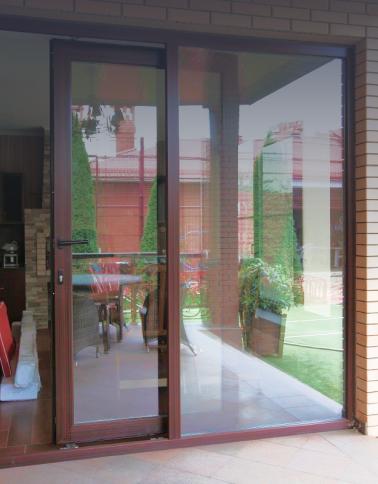 раздвижная дверь в коттеджи